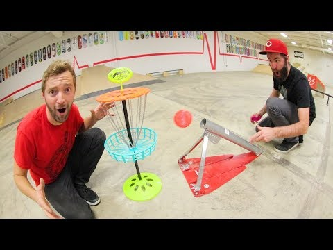 GAME OF MINI FRISBEE GOLF / Trick shots!