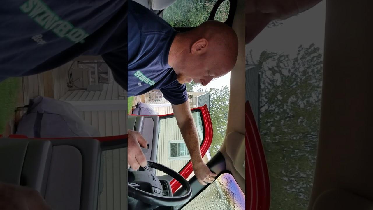 How to replace your indoor cabin tempature sensor (aspirator)