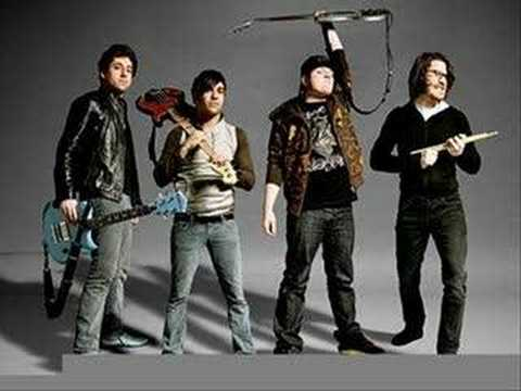 Fall Out Boy - Beat it