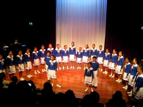 Loboc Children's Choir in Hoofddorp Holland Oct 19, 2011 (Kalesa)