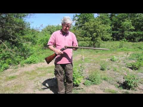 Thorkild Ellerbaek presenting vintage J. Blanch hammergun