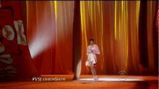 Rihanna - Fresh Out The Runway Victoria's Secret [1080P] [HD]