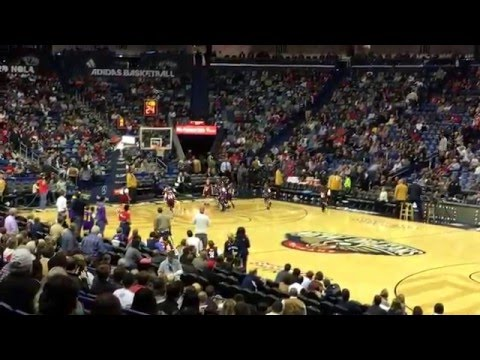 Norco basketball team plays at the Smoothie King Center
