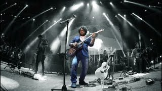 SINGER ARIJIT SINGH PERFORMING  ROCKSTARS SHANKAR JAIKISHAN SONGS LIVE ON GUITAR