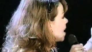 Mariah carey- hero (live) 1996