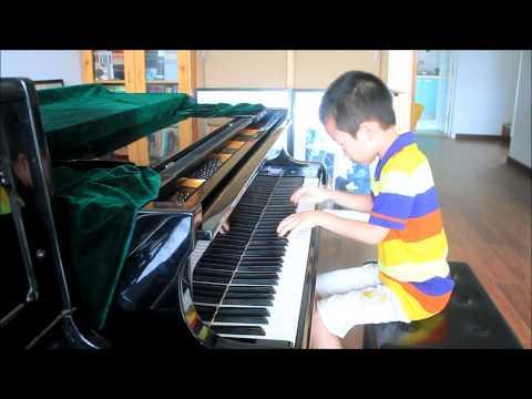 Huang Tiange Plays Bartok Mikrokosmos Vol. 4 No. 112