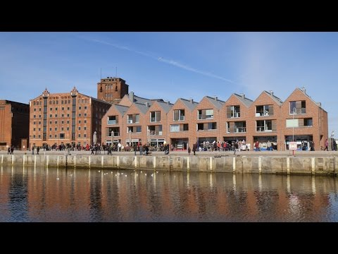 Wismar, Germany: Alter Hafen (Old Harbor), Gebäude am Kai (Wharf Buildings) - 4K UHD Video Image