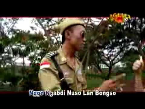 Menik Feat Mbah Bejo   PEJUANG WEDI UTANG   YouTube
