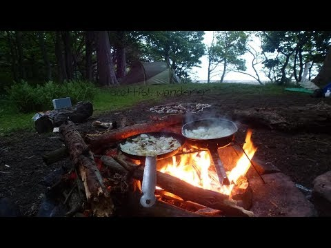 Wild camping in the woods bushcraft campfire cooking chilli con carne