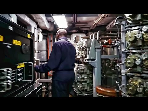 USN Nuclear Sub • Look Inside The Auxiliary Machinery Room
