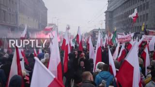 Poland: Red flares burn as nationalists celebrate Polish independence