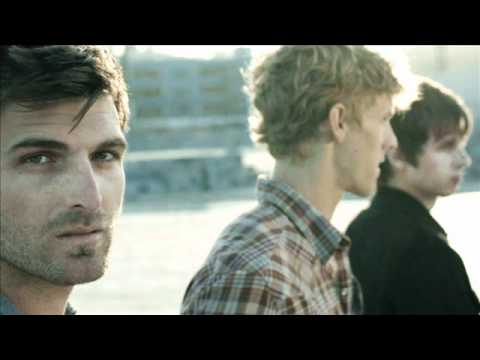 Foster The People - Pumped Up Kicks (Remix)