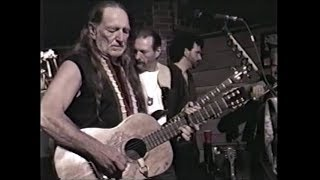 Willie Nelson - Down Home 1997 - Blue eyes crying in the rain