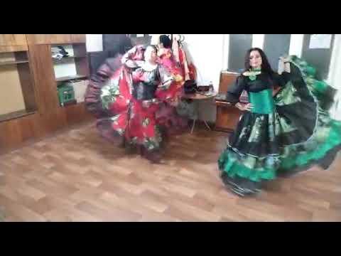 Вьюга- цыганская народная песня. - Елена Шмакова (Лачи) и Диана Заишникова