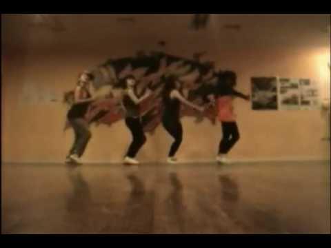 2NE1 fire dance mirror