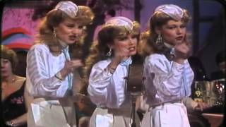Star Sisters - Andrew Sisters-Medley 1984