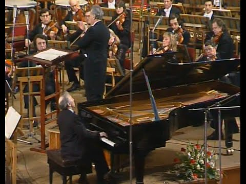 Alexei Nasedkin plays Scriabin Piano Concerto, op. 20 - video 1988
