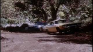 The Dukes of Hazzard: Bo destroys Daisy