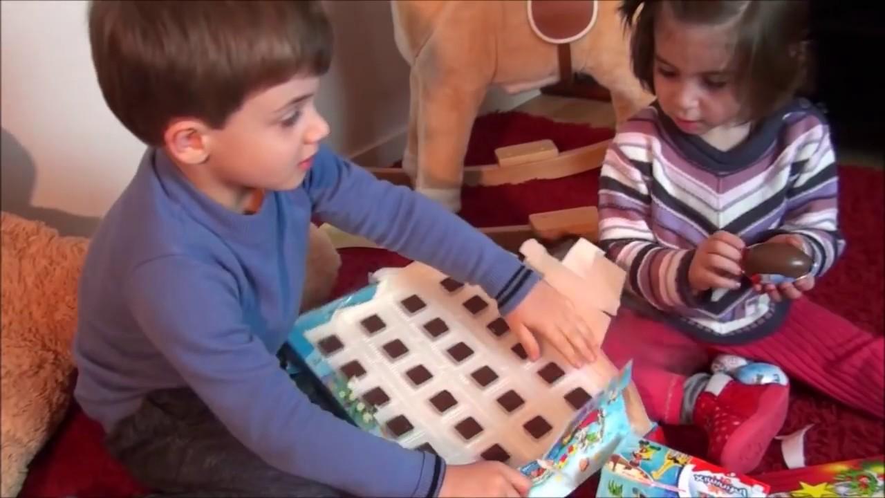 g ant box de bonbon kinder surprise kinder bueno m m 39 s kinder. Black Bedroom Furniture Sets. Home Design Ideas