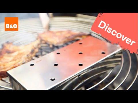 Barbecue accessories: chimney starter & smoker box