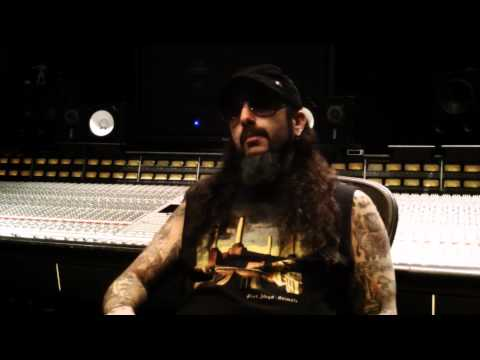 Flying Colors' Mike Portnoy Answers Troy Quiggins's Question