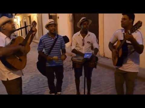 POR QUE YO EN EL AMOR SOY UN IDIOTA - Polo Montañez - Desde Cuba