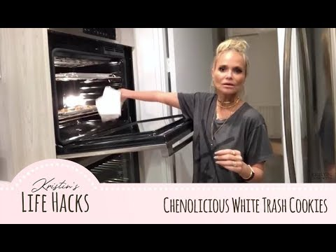 Cooking With Kristin: Chenolicious White Trash Cookies