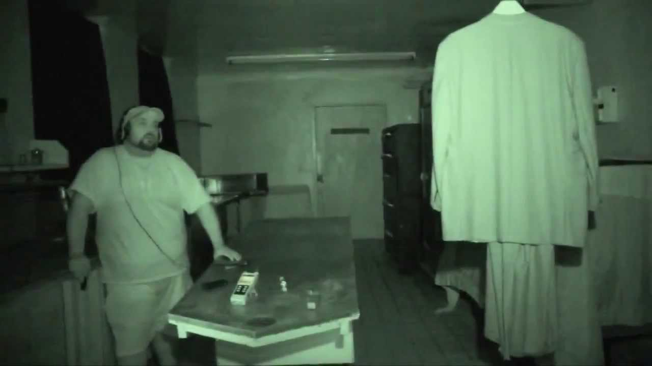 Haunted Rolling Hills Asylum With The Ghost Detectives