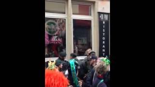 Köln Altstadt Schlägerei  bei Karnaval