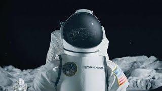 """【穷电影】宇航员来到月球背面,却发现这上面竟有""""月球人"""",被吓到了 thumbnail"""