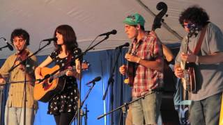 "Eric Robertson and Molly Tuttle, ""Mother"