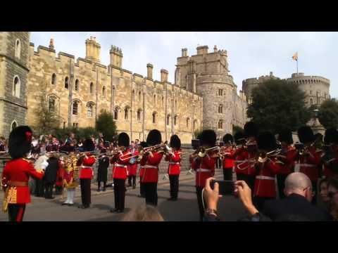 #queenat90 guard band plays outside windsor castle