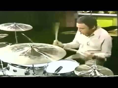 Drum Duel - Buddy Rich vs Louie Bellson