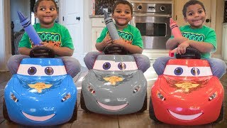 LIGHTNING MCQUEEN LOST HIS COLOR! LEARN COLORS WITH GOO GOO COLORS!