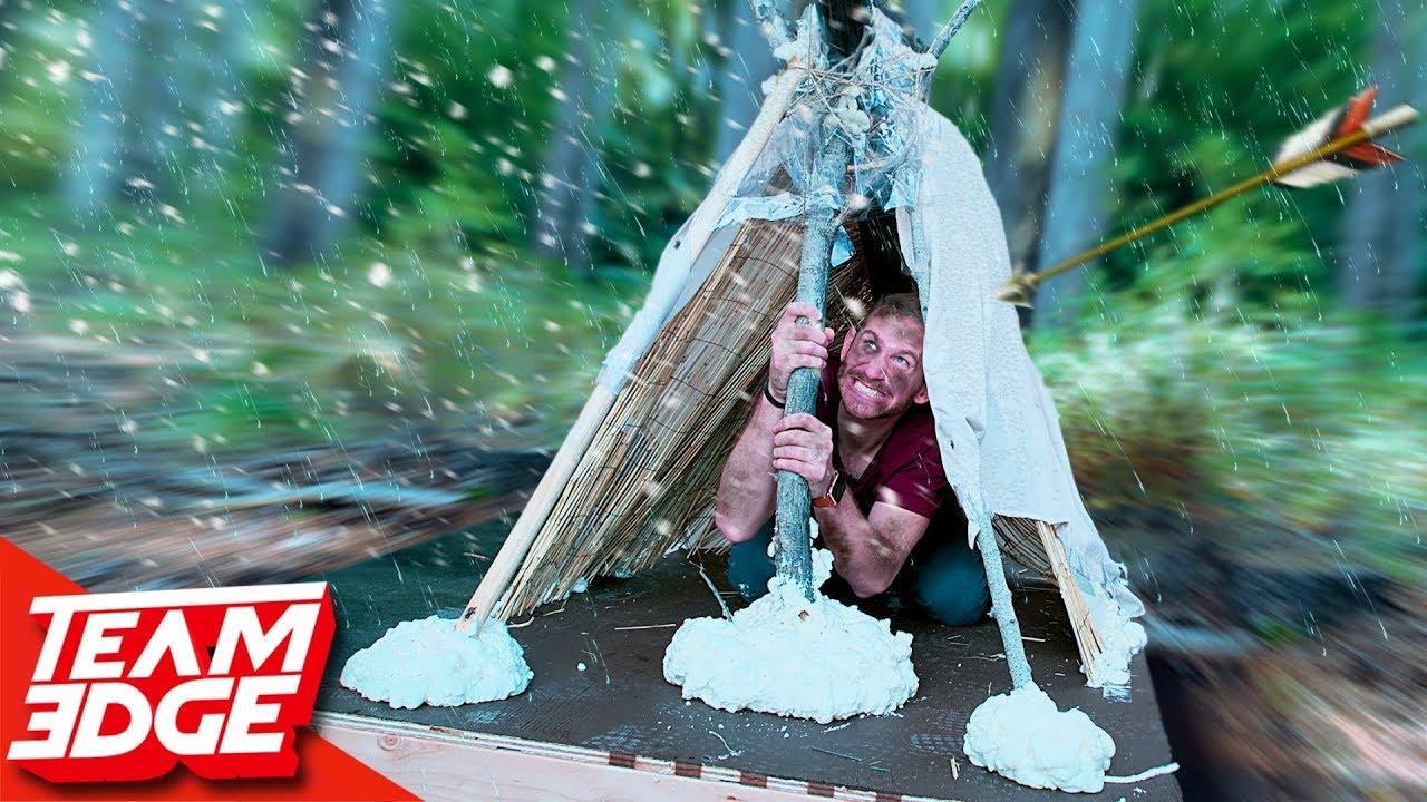 Shelter Building Battle! | Survive the Elements!!
