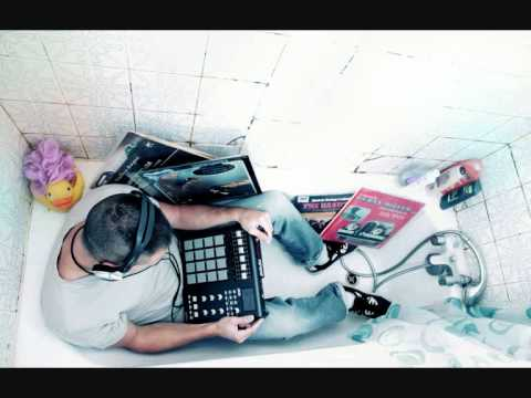 Download ProleteR - The misfit song Mp4 baru