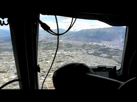 Lufthansa Cargo MD-11 Cockpit: Approach and Landing QUITO