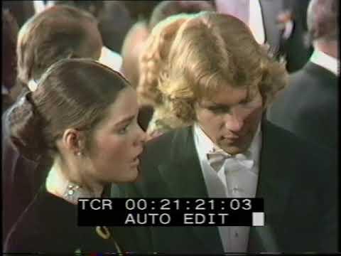 Ali MacGraw and Ryan O'Neal   Royal Premier  Love Story  1971