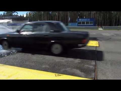 Контраварийная подготовка водителей автомобилей на уникальном автодроме ФСО России