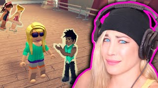 ROBLOX ESCAPE THE DANCE SNOBS! ★ PSYCHO GiRL in DANCE YOUR BLOCK OFF | ROBLOX ROLEPLAY