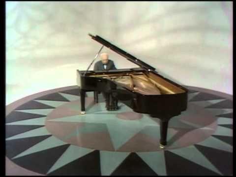 Casadesus - Beethovens Sonata 28 in A major, Op 101 VIDEO 1/4