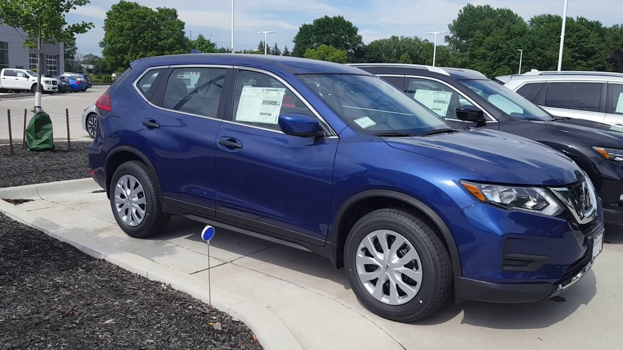 2017 5 Nissan Rogue Quot S Quot Awd In The Caspian Blue Finish