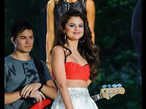 Selena Gomez Come & Get It & Slow Down Live At Macy's 4th Of July Live HD