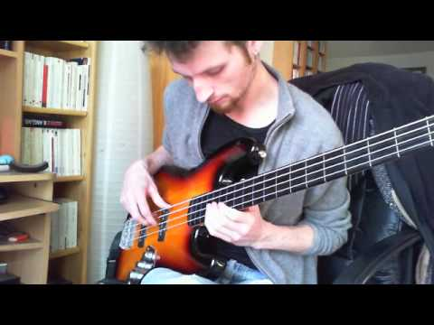 how to play autumn leaves on bass