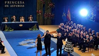 Spains royalty on show for Asturias Awards