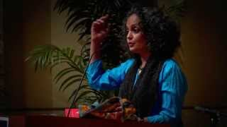 Arundhati Roy on Narendra Modi and Hindu Nationalists in Chicago