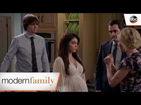 Haley Wants To Elope – Modern Family