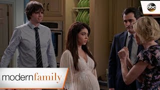 Haley Wants to Elope - Modern Family