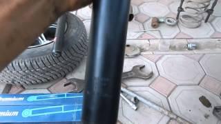 Замена передних амортизаторов семейств ВАЗ 2108 2115(, 2015-08-20T17:40:18.000Z)