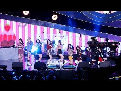 171214 트와이스 TWICE LIKEY @SBS 러브FM 패밀리 콘서트 4K 직캠 by DaftTaengk